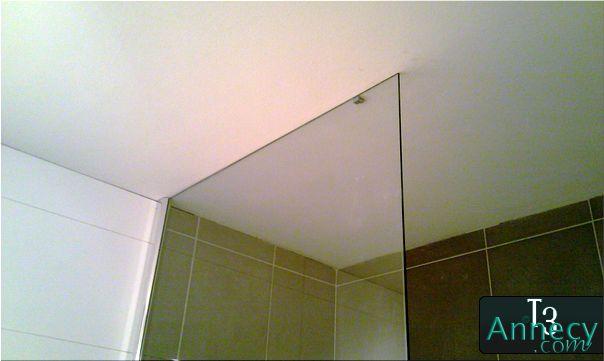 Fixation plafond vitre douche for Vitre de douche