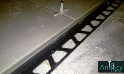 Joint de dilatation sous carrelage for Machine a joint de carrelage