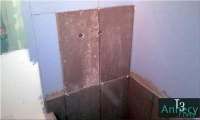 montage blanc fa ence derri re colonne de douche. Black Bedroom Furniture Sets. Home Design Ideas